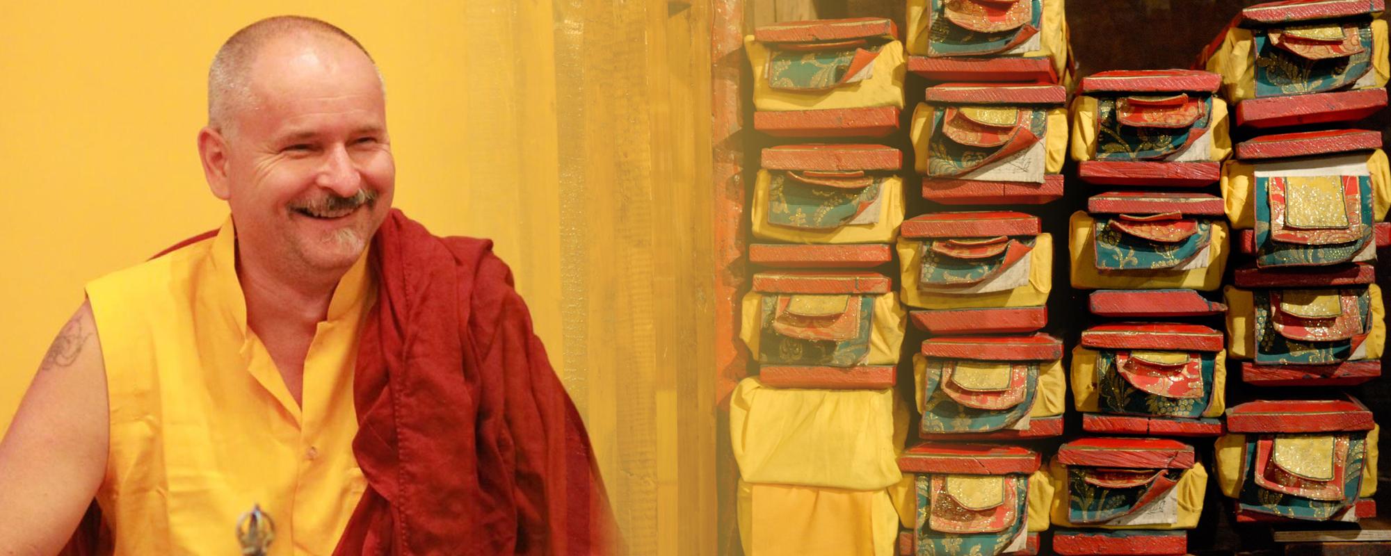 Lekshe Láma tanítást ad a Szív szútráról