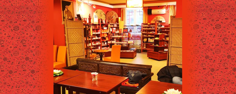 Nyitva a Karmapa Ház boltja